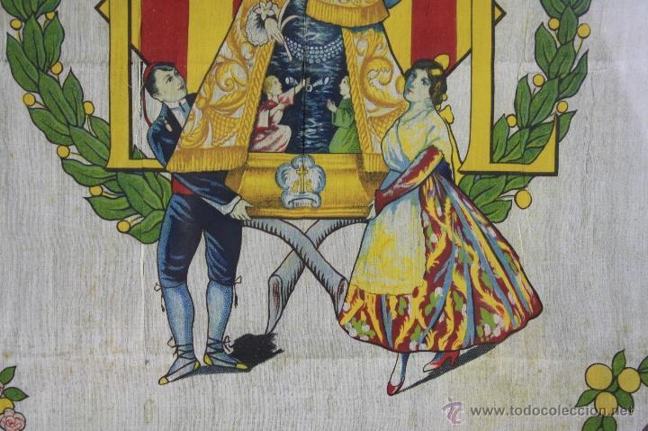 Antigüedades: K1-008.PAÑUELO EN SEDA. RECUERDO DE LA CORONACION DE NTRA. SRA. DE LOS DESAMPARADOS. VALENCIA 1923. - Foto 4 - 39735017