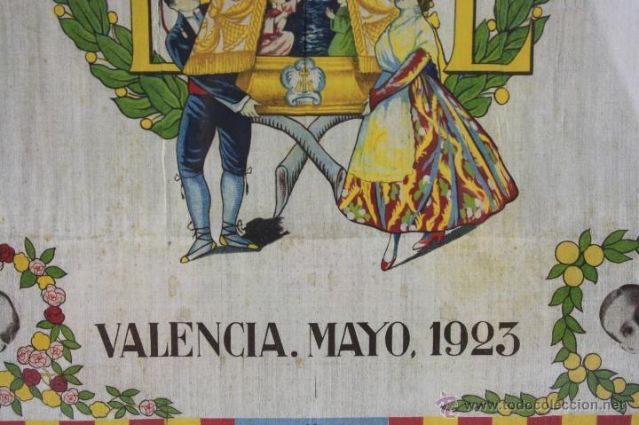 Antigüedades: K1-008.PAÑUELO EN SEDA. RECUERDO DE LA CORONACION DE NTRA. SRA. DE LOS DESAMPARADOS. VALENCIA 1923. - Foto 5 - 39735017