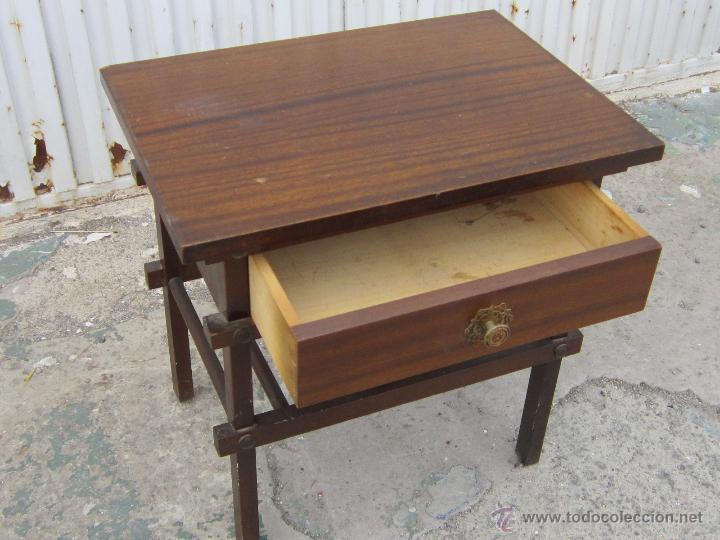 Antigüedades: MESA REVISTERO EN MADERA - Foto 5 - 39741087