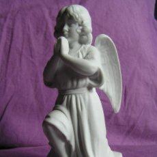 Antigüedades: BISCUIT . ANGEL ORANTE. . S XIX.. Lote 39785505
