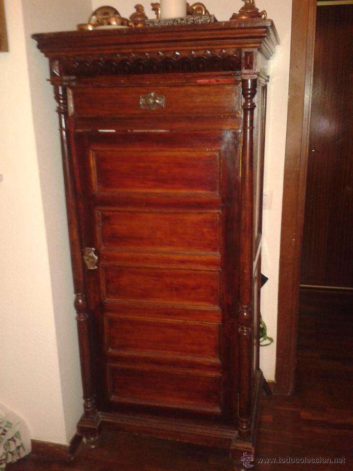 Recogida Muebles Viejos Madrid : Antiguo armario de un solo cuerpo madera ma comprar