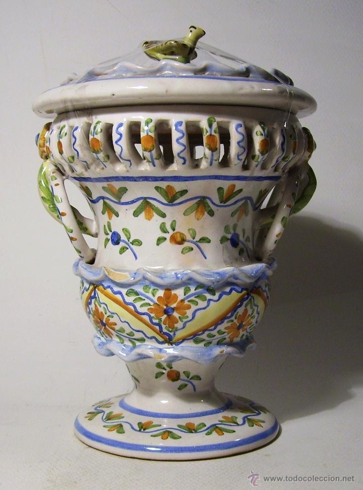 BOMBONERA CERAMICA DE MANISES (Antigüedades - Porcelanas y Cerámicas - Manises)
