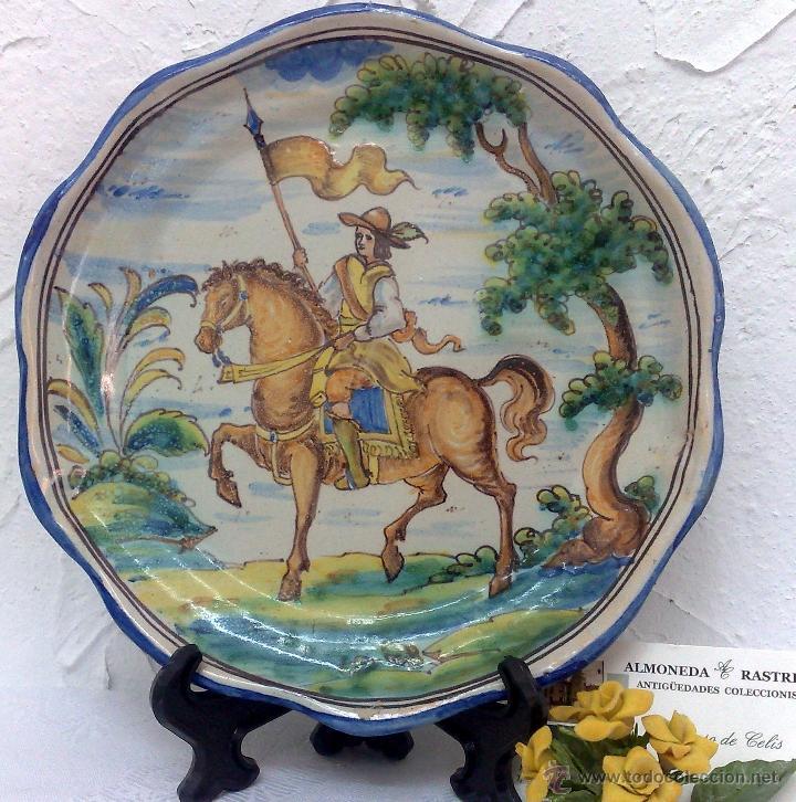 Firmado niveiro antiguo plato ceramica de t comprar for Ceramica talavera madrid