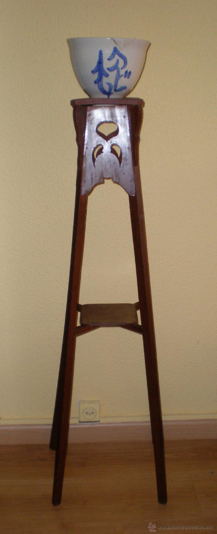 Pedestal peana de madera portamacetas con mace comprar for Muebles auxiliares clasicos madera