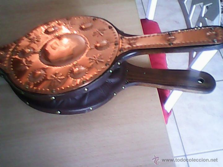 Antigüedades: ANTIGUO FUELLE DE CHIMENEA HECHO DE COBRE Y MADERA ,GRAN TAMAÑO. - Foto 3 - 39978158