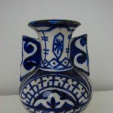 Antigüedades: PEQUEÑO FLORERO EN CERAMICA ANTIGUA.. Lote 39991356