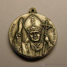 Antigüedades: MEDALLA RELIGIOSA DEL PAPA JUAN PABLO II . Lote 40035128