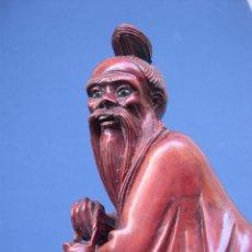 Antiquitäten - Talla dios chino en madera dura. - 40035594
