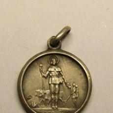 Antiquités: MEDALLA RELIGIOSA SAN ISIDRO LABRADOR.. Lote 252022470