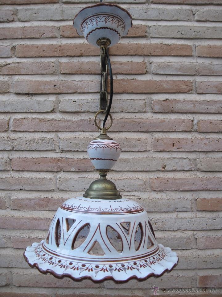 LAMPARA EN CERAMICA VIDRIADA, DE TALAVERA DE LA REINA (TOLEDO ) FUNCIONANDO. (Antigüedades - Porcelanas y Cerámicas - Talavera)