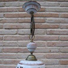 Antigüedades: LAMPARA EN CERAMICA VIDRIADA, DE TALAVERA DE LA REINA (TOLEDO ) FUNCIONANDO.. Lote 40067322