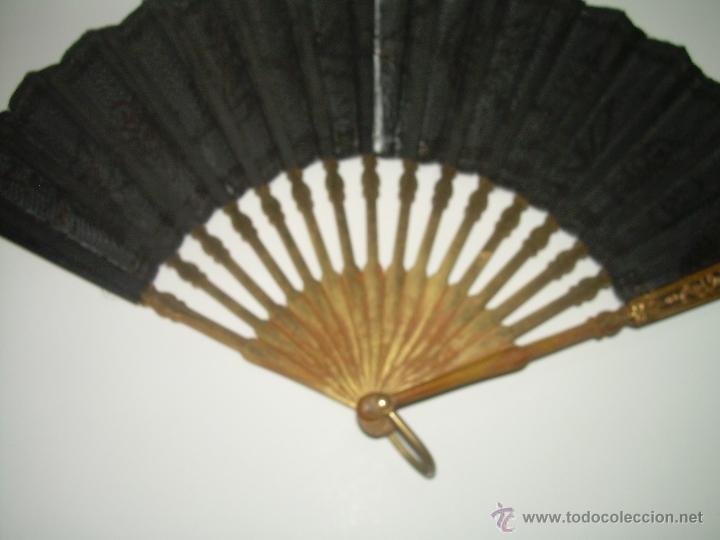 Antigüedades: PRECIOSO ABANICO DE MADERA.... PAM DE ORO Y LENTEJUELAS...SIGLO XIX. - Foto 4 - 40116811