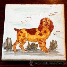 Antigüedades: ANTIGUO AZULEJO PINTADO A MANO. PERRO.. Lote 40145082