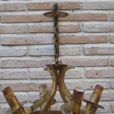 Antigüedades: LAMPARA ANTIGUA DE TECHO, EN HIERRO FORJADO.. Lote 40152547