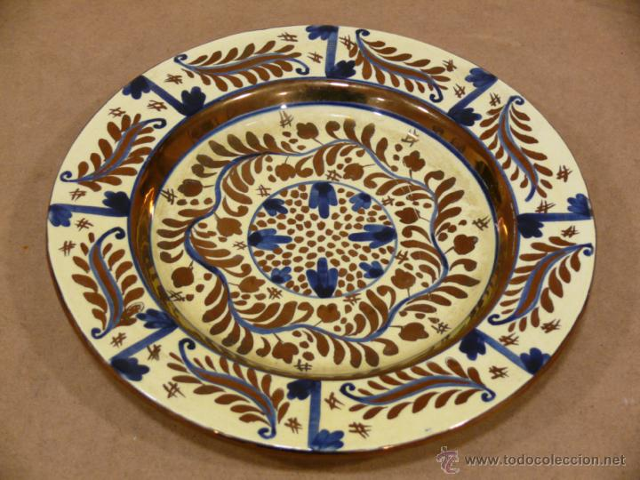 Antiguo plato decorativo para colgar en pared comprar porcelana y cer mica de manises en - Platos decorativos pared ...