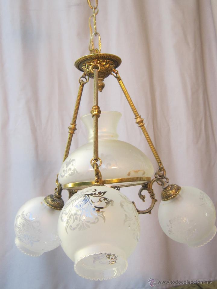 Antigüedades: LAMPARA DE TECHO EN BRONCE PORCELANA Y TULIPAS DE CRISTAL - Foto 5 - 40169975
