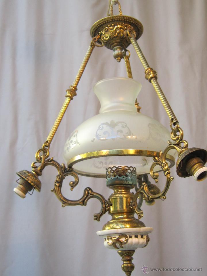 Antigüedades: LAMPARA DE TECHO EN BRONCE PORCELANA Y TULIPAS DE CRISTAL - Foto 7 - 40169975