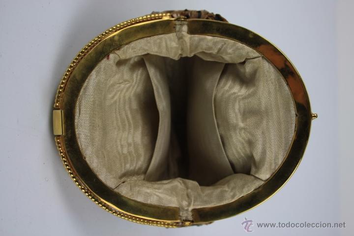 Antigüedades: CONJUNTO DE BOLSO Y MONEDERO EN PIEL DE SERPIENTE CON CIERRES DORADOS. AÑOS 30 - Foto 5 - 40178155