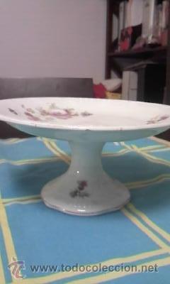 Antigüedades: Precioso y antiguo centro de mesa con pie alto decorado con flores. CARTUJA PICKMAN. - Foto 4 - 40240604