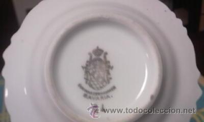 Antigüedades: Pequeño plato de porcelana Bavaria decorado con pequeñas flores y filo de oros. - Foto 3 - 40242884
