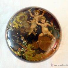 Antigüedades: ANTIGUA CAJA DE LACA CHINA CON ÁNGELES, PRECIOSA.. Lote 40263162