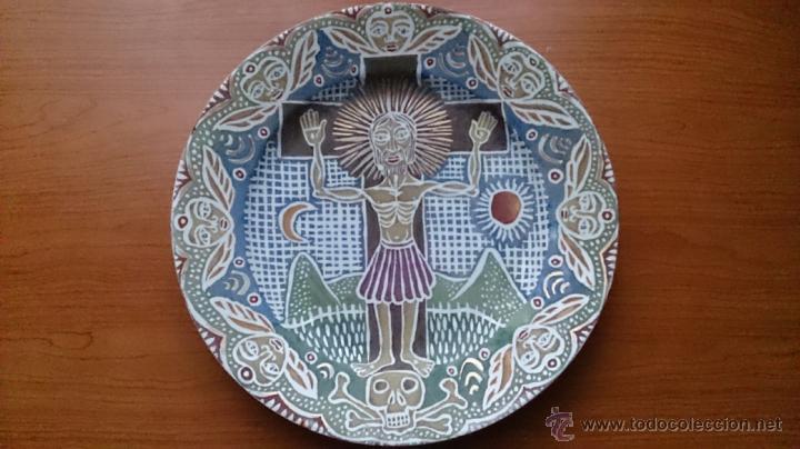 Antigüedades: Antiguo y curioso plato masonico de cristo y calavera de adán al pie de la cruz, Siglo XIX . - Foto 2 - 220413450