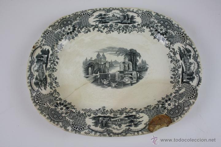 BANDEJA DE LOZA ESMALTADA ESTAMPILLADA PICKMANN, FIN S. XIX (Antigüedades - Porcelanas y Cerámicas - La Cartuja Pickman)