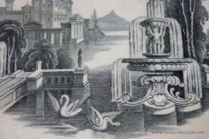Antigüedades: BANDEJA DE LOZA ESMALTADA ESTAMPILLADA PICKMANN, FIN S. XIX - Foto 3 - 40335123