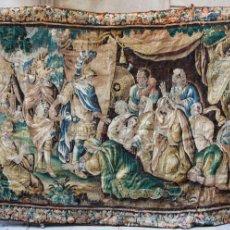 Antigüedades: GRAN TAPIZ DE FLANDES, SIGLO XVIII. CON ALEJANDRO MAGNO. 420 CM X 218 CM. VER FOTOS ANEXAS. Lote 40336344
