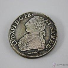 Antigüedades: CLIP SUJETA BILLETES CON MONEDA DE PLATA ECU LUIS XVI 1783 - DESCONOCEMOS SI LA MONEDA ES AUTÉNTICA. Lote 40423848