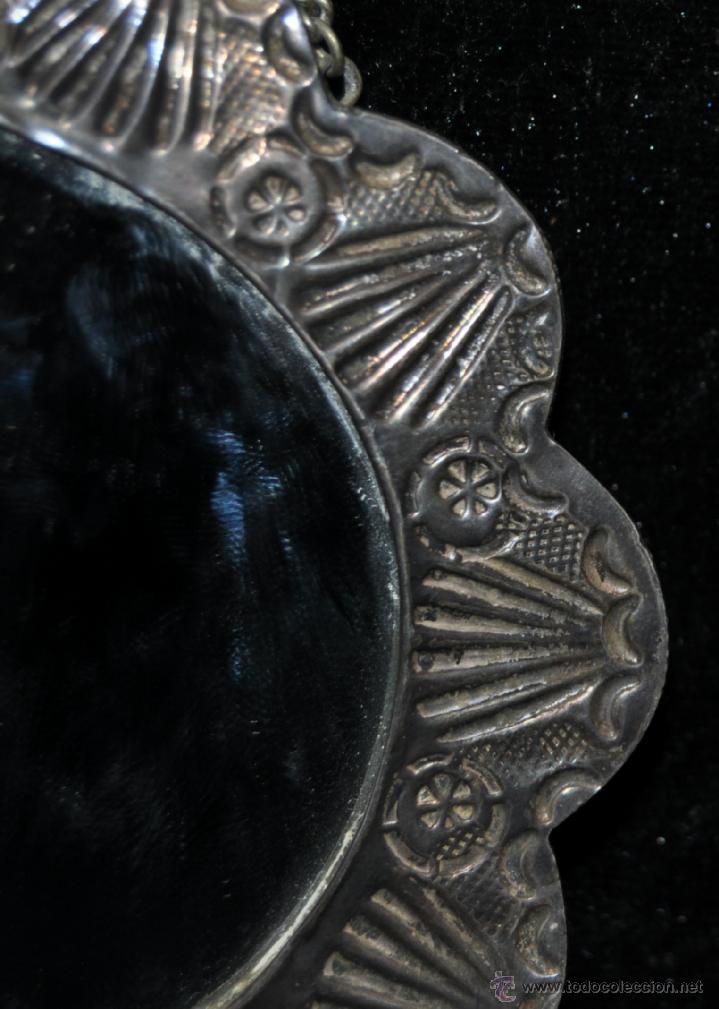 Antigüedades: PRECIOSO ESPEJO MODERNISTA DE VIAJE REALIZADO EN PLATA REPUJADA CON SU CONTRASTE CORREPONDIENTE - Foto 5 - 40424933