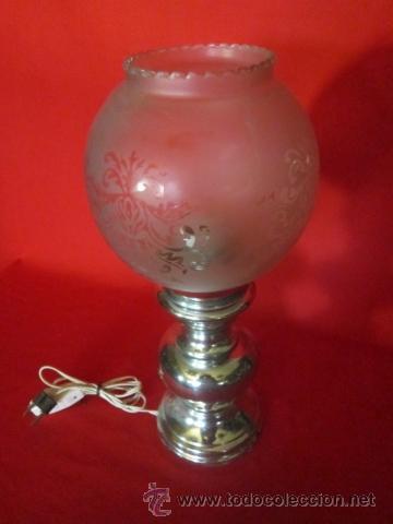 Antigüedades: Pareja de lámparas de sobremesa con pie plateado. - Foto 4 - 26500007