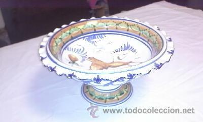 Antigüedades: Antiguo centro de mesa frutero. Talavera de la reina sin firmar.de los años 20/30 - Foto 2 - 40432518