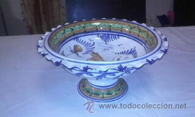 Antigüedades: Antiguo centro de mesa frutero. Talavera de la reina sin firmar.de los años 20/30 - Foto 3 - 40432518
