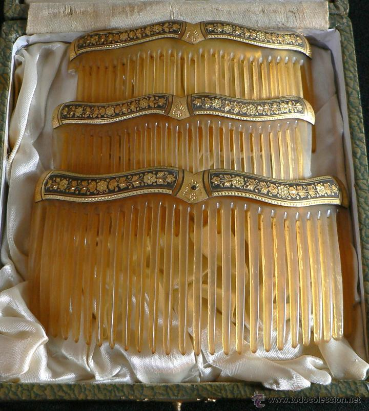 JUEGO DE 3 ANTIGUAS PEINETAS -DAMASQUINADO (Antigüedades - Moda - Peinetas Antiguas)
