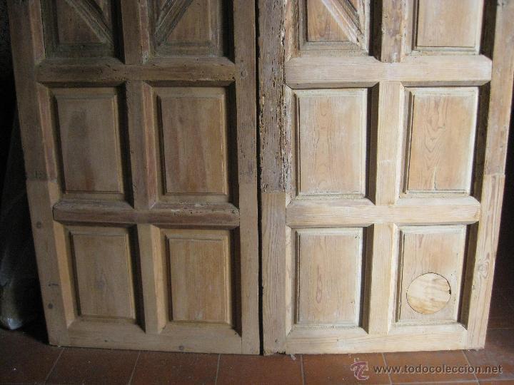 Puerta de madera de dos hojas de cuarterones an comprar for Puertas de cuarterones antiguas