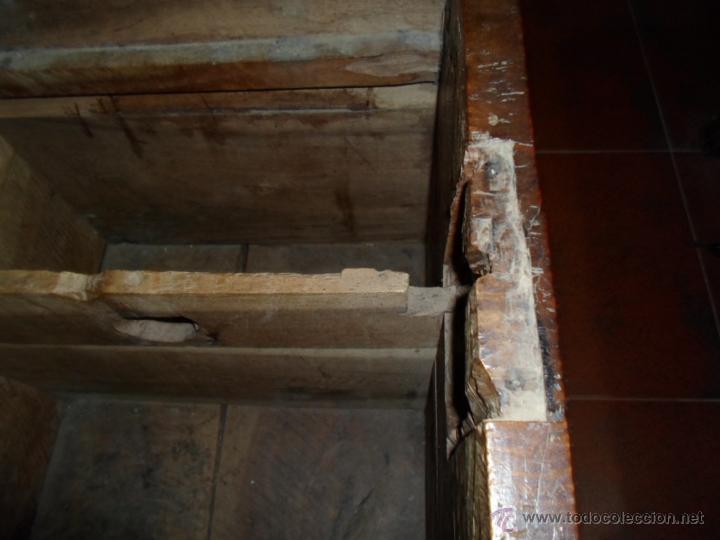 Antigüedades: Arca de nogal de dos cerraduras SXVII. - Foto 14 - 40527949