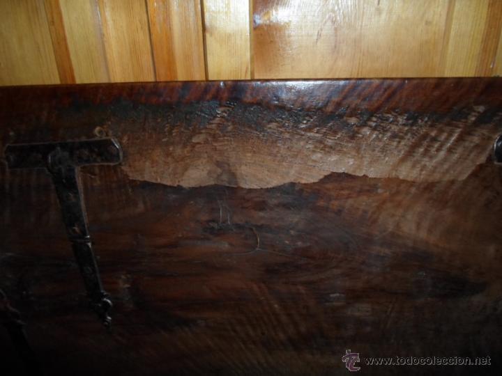 Antigüedades: Arca de nogal de dos cerraduras SXVII. - Foto 19 - 40527949