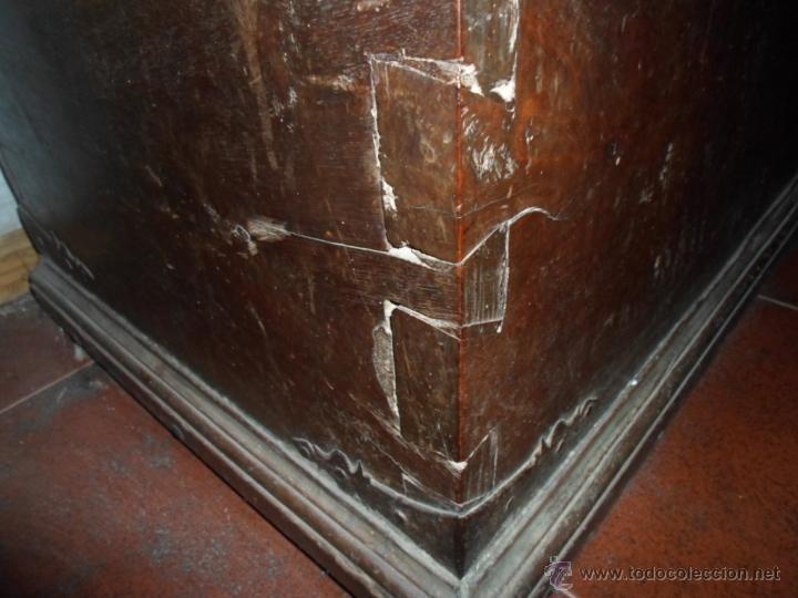 Antigüedades: Arca de nogal de dos cerraduras SXVII. - Foto 23 - 40527949