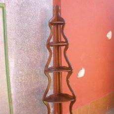 Antigüedades: ANTIGUA ESTANTERÍA ESQUINERA.. Lote 40571486