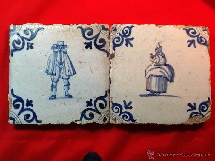 LOTE 2 AZULEJOS DELFT SXVII . SERIE PERSONAJES (Antigüedades - Porcelana y Cerámica - Holandesa - Delft)