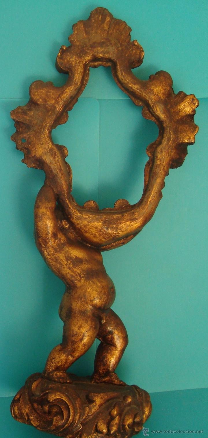 Antigüedades: MARCO PARA ESPEJO TALLA QUERUBIN SOBRE PEANA, 50cm. - Foto 2 - 40622169