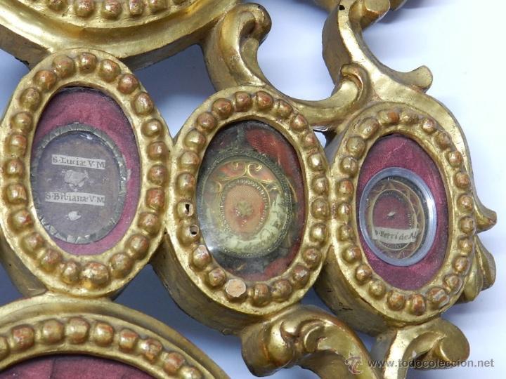 Antigüedades: EXCEPCIONAL RELICARIO COMPUESTO POR UN MARCO DE 11 ESFERAS OVALADAS CON 18 RELICARIOS EN SU INTERIOR - Foto 8 - 40644769