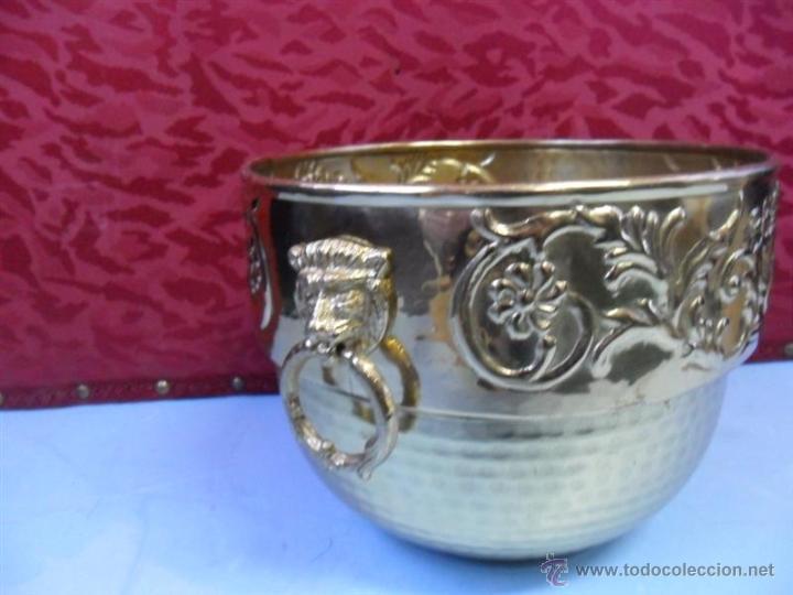Antigüedades: macetero de metal - Foto 2 - 40653841