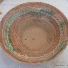 Antigüedades: LEBRILLO - CUENCO GRANDE DE BARRO DECORADO. Lote 40663852