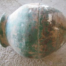 Antigüedades: ANTIGUA Y GRAN TINAJA DE BARRO ANTIGUA PINTADA DE VERDE, POCO CULO - MEDIDA 75 X 39 CM.. Lote 40663925