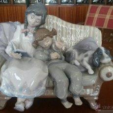 Antigüedades: PRECIOSA FIGURA DE LLADRÓ , LECTURA INFANTIL. DESCATALOGADA EN 2006. Lote 40668964