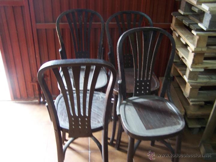 Antigüedades: Juego de 6 sillas muy antiguas de barberia o cafeteria para restaurar - Foto 16 - 40673710