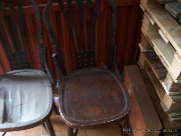 Antigüedades: Juego de 6 sillas muy antiguas de barberia o cafeteria para restaurar - Foto 22 - 40673710