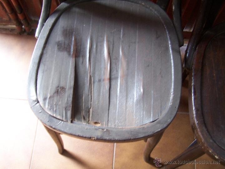 Antigüedades: Juego de 6 sillas muy antiguas de barberia o cafeteria para restaurar - Foto 23 - 40673710